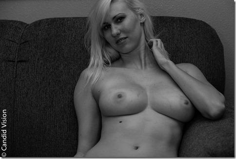Jessica-Beck-2013-06-07-4